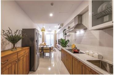 Cho thuê căn hộ chung cư 1 phòng ngủ Saigon Royal số 1 Nguyễn Trường Tộ, Quận 4, thiết kế nội thất cổ điển