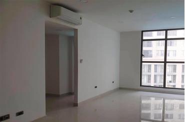 Bán căn hộ Sudio Officetel Saigon Royal bên khu A (tháp 1), view bể bơi, nhà trống, bàn giao CĐT