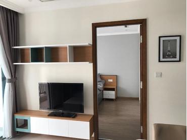 Cần cho thuê Vinhomes Central Park, căn hộ 2 phòng ngủ, tòa Landmark 1, full đồ giá rẻ