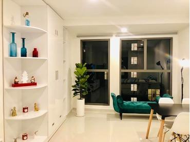 Cho thuê căn hộ Officetel Saigon Royal Quận 4, loại 1 phòng ngủ (1pn), tòa B, giá rất rẻ