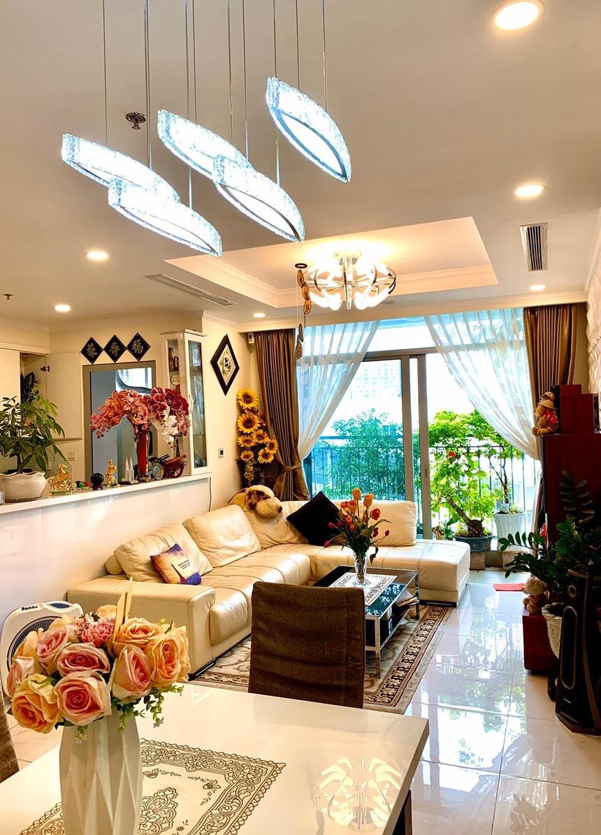 Phòng khách căn hộ Vinhomes Central Park 3 phòng ngủ tòa Landmark 6